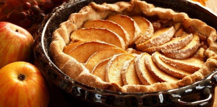 5 greiti pyragai Vėlinių savaitgaliui