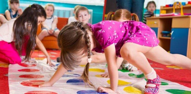"""Vaikų darželyje vykdomas vaizdo stebėjimas prieštarauja įstatymams <sup style=""""color: #ff0000;"""">(+apklausa)</sup>"""