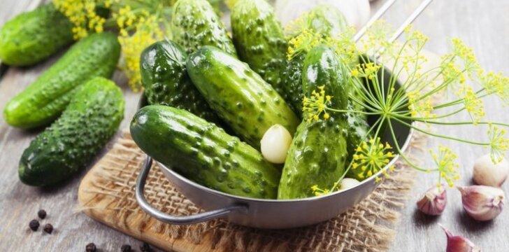 Naujas agurkų konservavimo būdas – žiemą valgysite lyg ką tik paraugtus