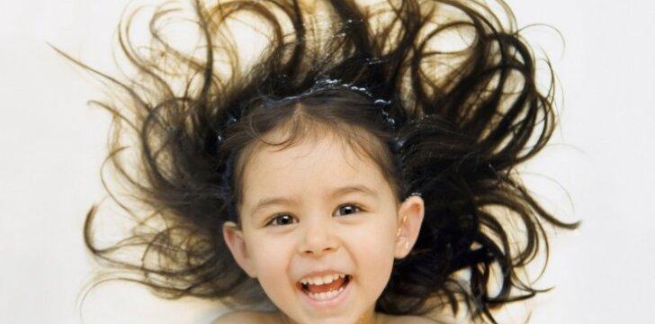 """10 vaikiškų šukuosenų, kurias pamačius sunku nesusijuokti <sup style=""""color: #ff0000;"""">(FOTO)</sup>"""