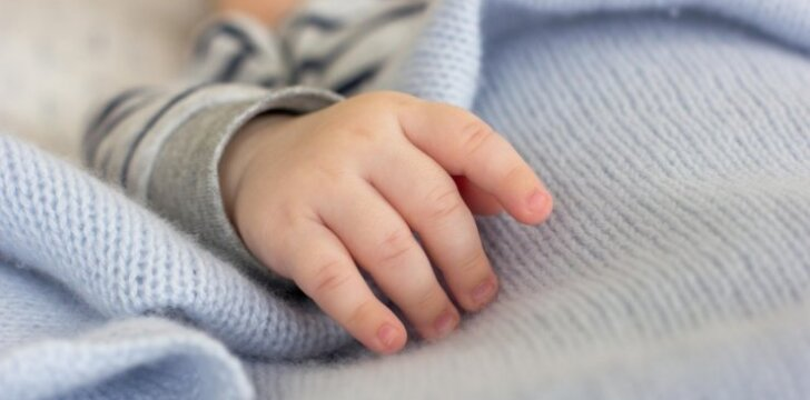 Po pirmo nesėkmingo gimdymo išsaugojo viltį ir dabar džiaugiasi vaikeliu