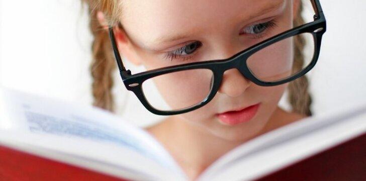 """Ar 6 metų vaikas jau subrendęs mokyklai? <span style=""""color: #ff0000;""""><sup>Psichologės komentaras</sup></span>"""