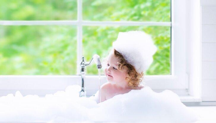 Dovanų - natūralūs vaikiški šampūnai NATUR VITAL su organiškai užaugintų persikų ekstarktų