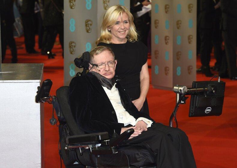 Lucy Hawking su savo tėvu Stephenu Hawkingu
