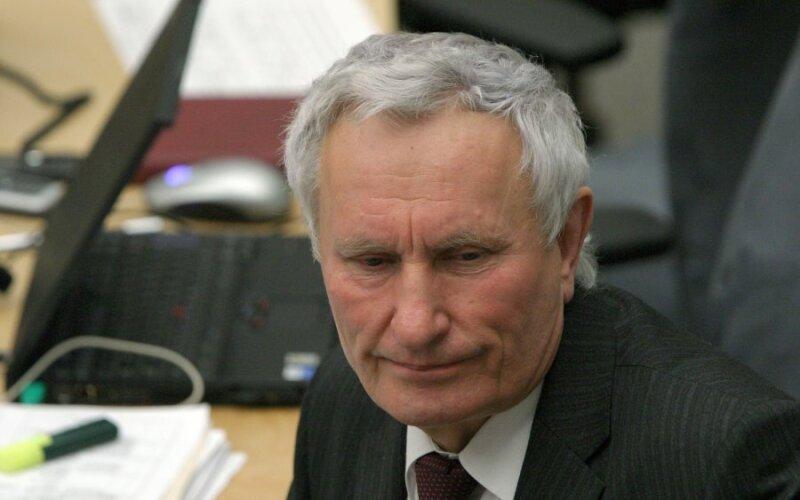 Arimantas Dumčius