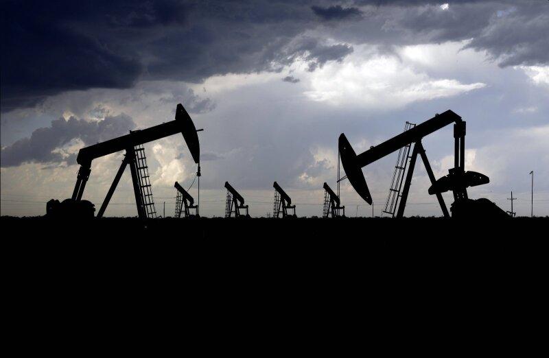 prekybos žaliavine nafta galimybės europos sąjungos taršos leidimų prekybos sistema