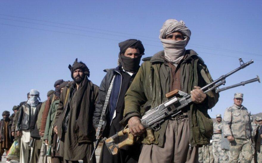 Afganistane per antskrydį žuvo 20 Talibano kovotų