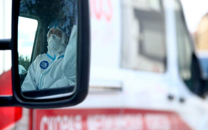 Privačių laboratorijų rezultatai prieštarauja Kremliaus statistikai: sergančių gerokai daugiau, nei skelbiama