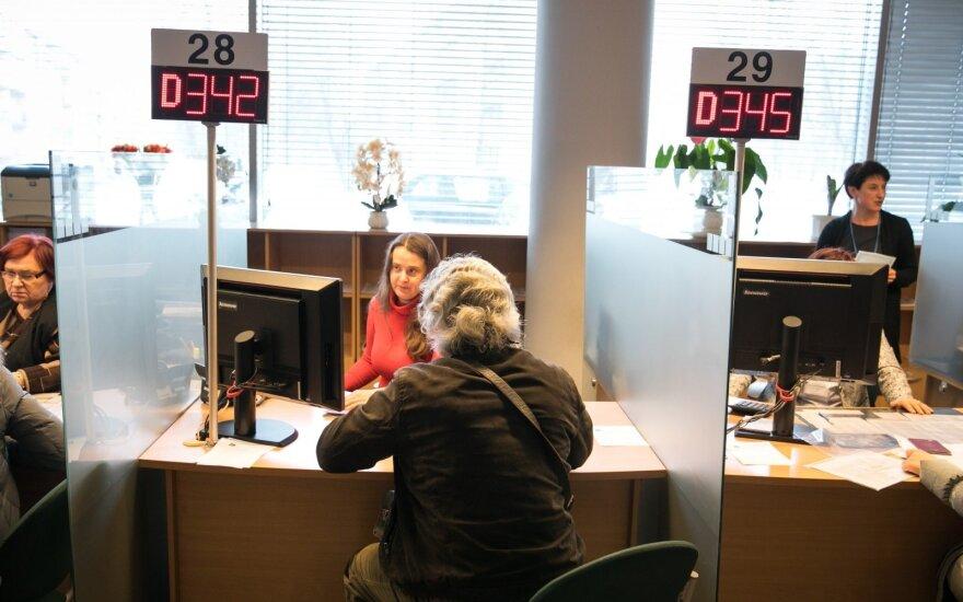 Laikas senka: VMI dar laukia 254 tūkst. gyventojų, privalančių pateikti deklaracijas