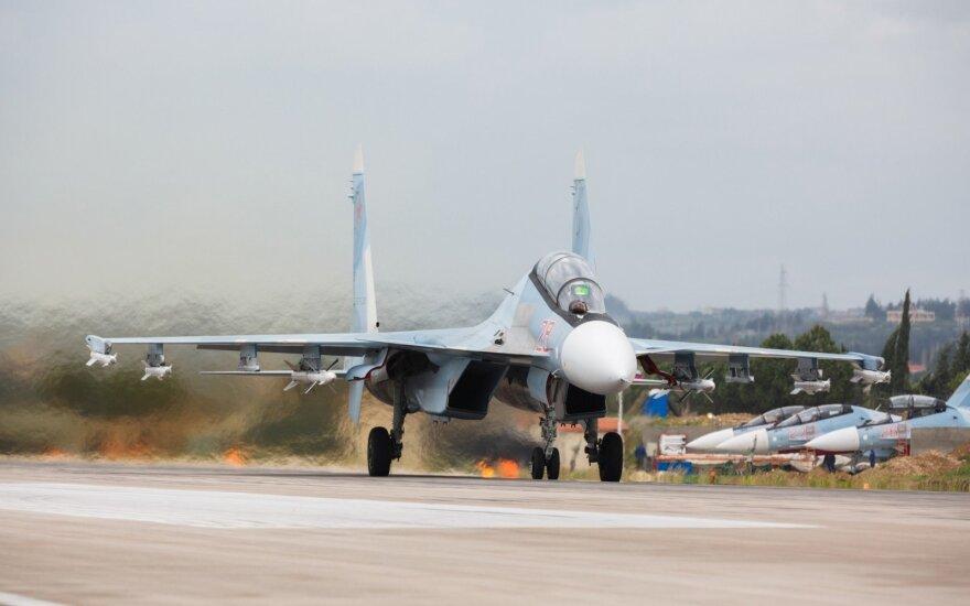 Sirijoje sudužo rusų naikintuvas, žuvo du pilotai