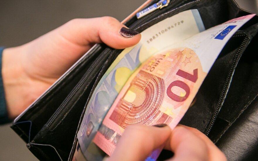 2000 eurų už vaikų priežiūrą: kas ir kaip galės pasinaudoti lengvata