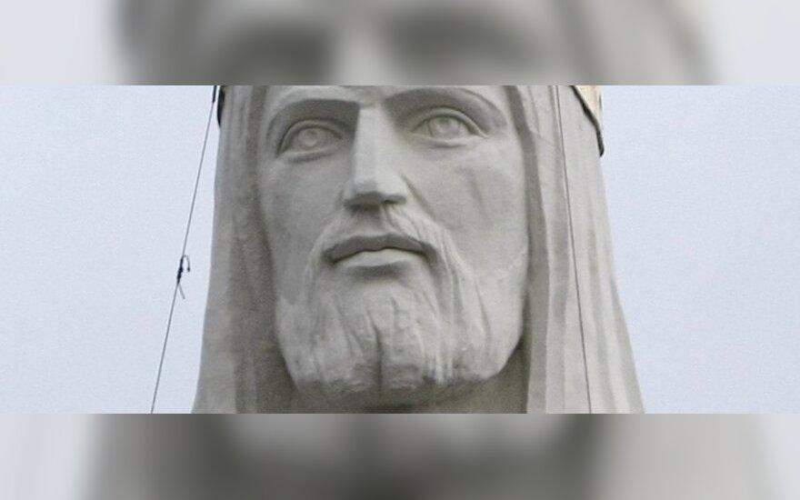 Lenkijoje statoma didžiausia  pasaulyje Kristaus statula