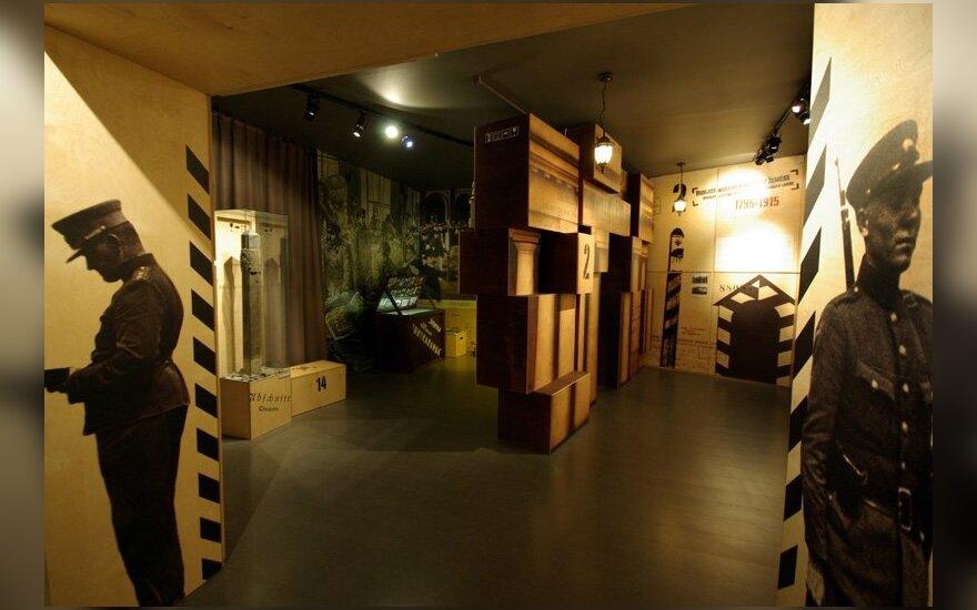 Muitinės muziejuje - knygos apie apelsinų kontrabandą ir smetoninę Lietuvą pristatymas
