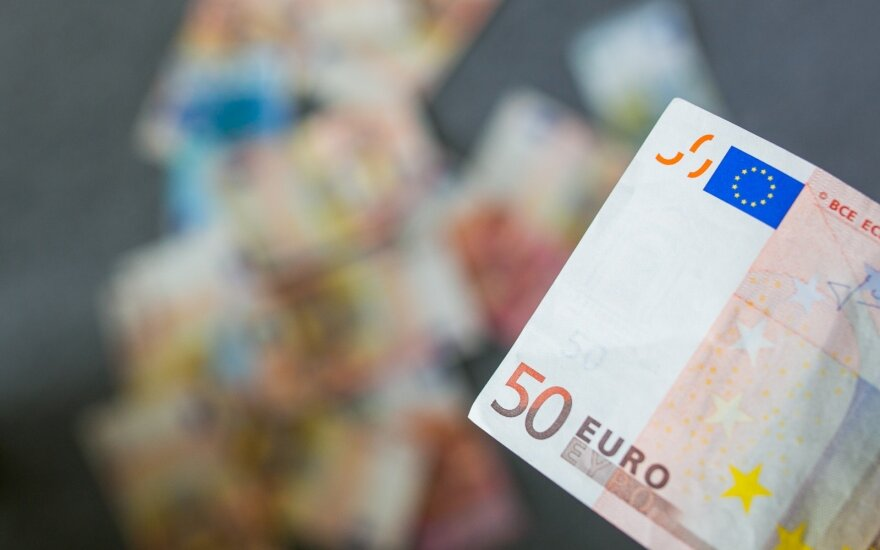 Lithuanian government borrows €15m