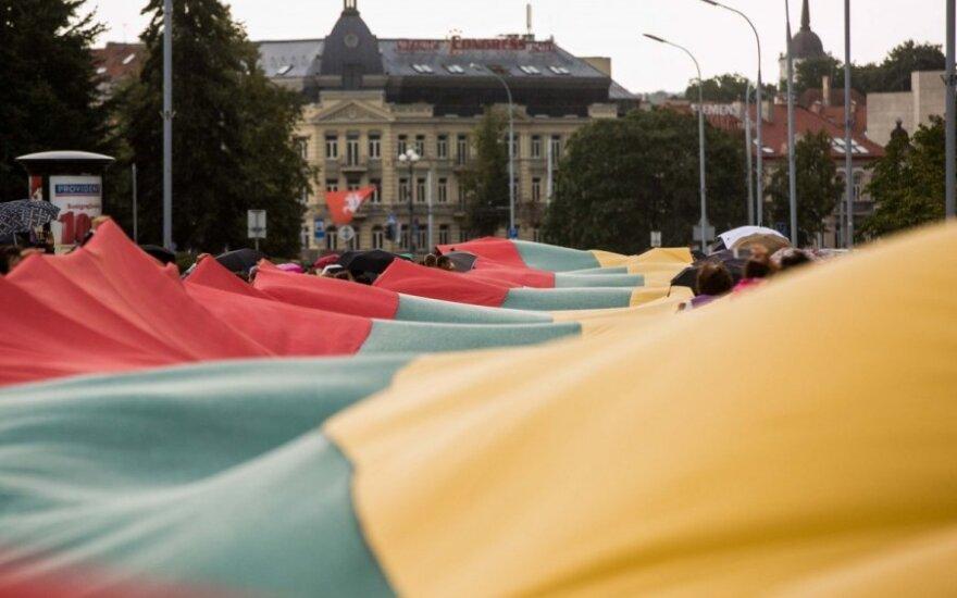 Nepriklausomybės bendraamžis: nustokime dėl savo nepasisekusio gyvenimo kaltinti Lietuvą