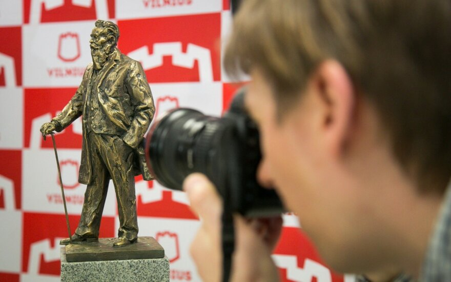 Vilnius selects best concept for monument to national revival leader Basanavičius