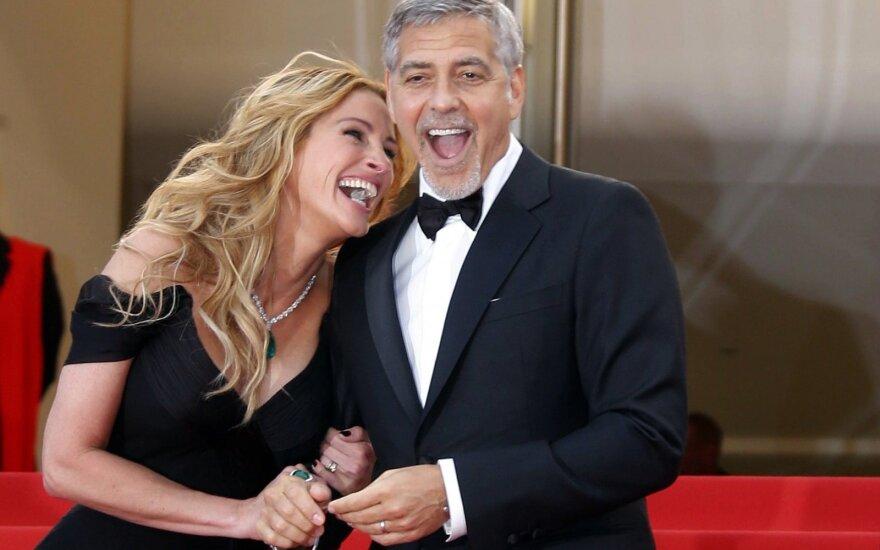 """Seriale """"Draugai"""" vaidino ir Bruce'as Willisas, George'as Clooney bei kiti žinomi aktoriai: ką jie ten veikė?"""