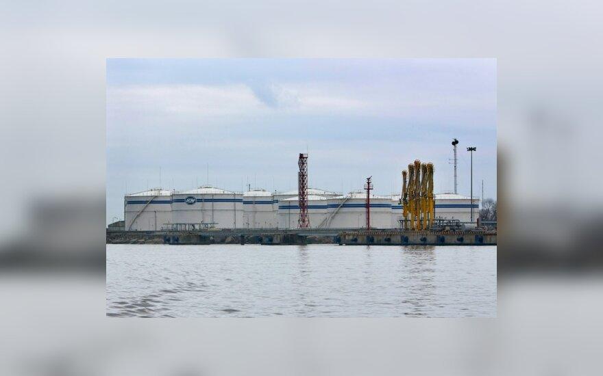 """Klaipėdos naftos terminalas gali sumažinti tiekimą """"Orlen"""""""