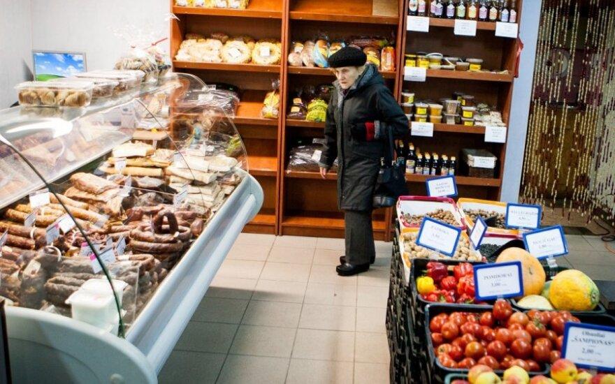 Kiek už vidutinę algą galima nupirkti maisto, degtinės ir benzino?