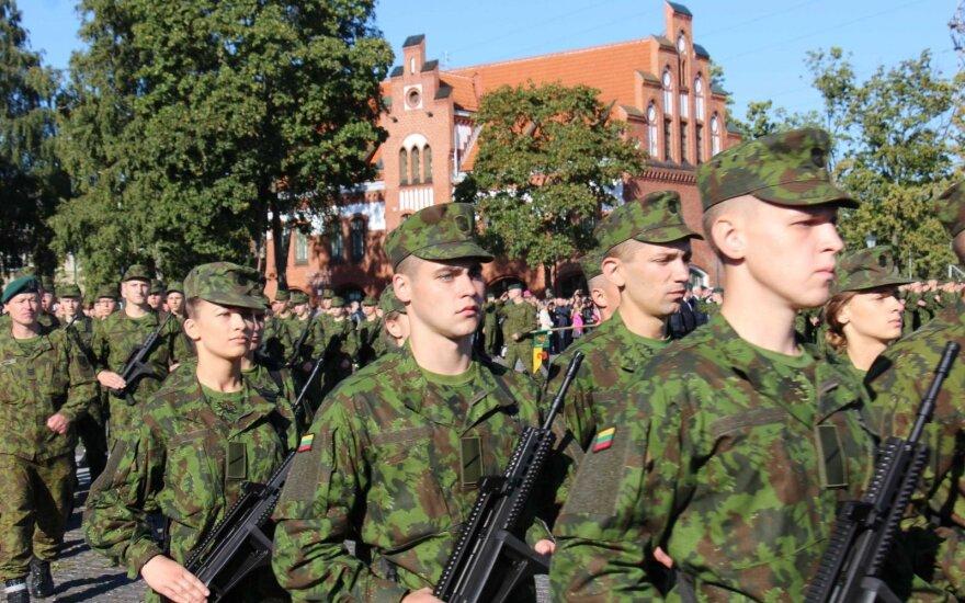 Lithuanian parliament endorses extending military conscription