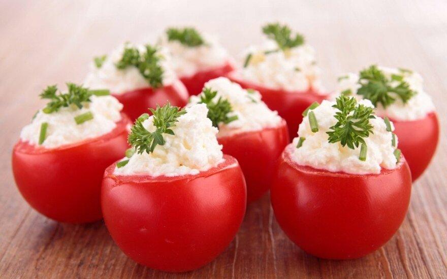 Įdaryti pomidorai šventiniam stalui