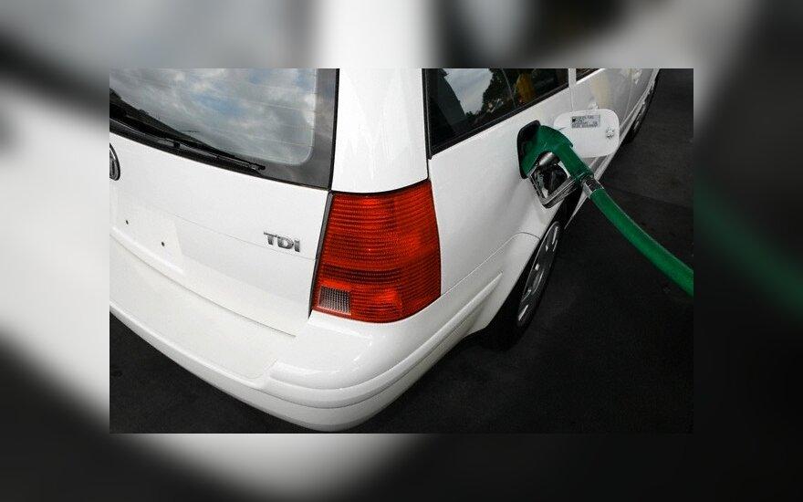 Amerikiečiai perka vis daugiau dyzelinių automobilių