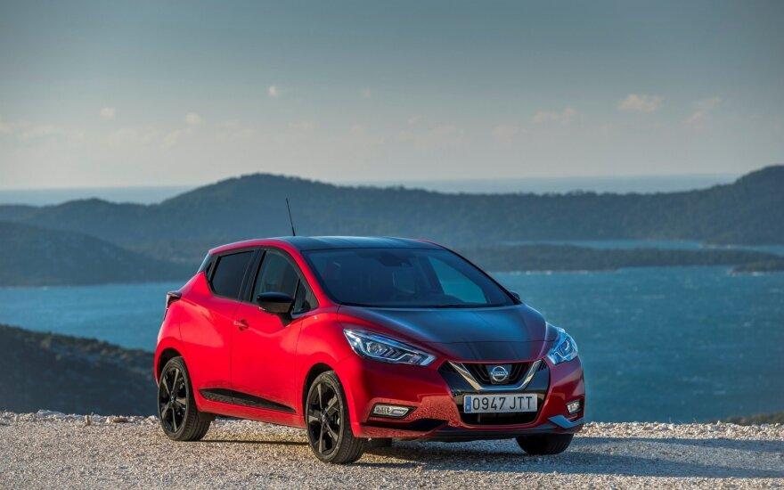 """Penktosios kartos """"Nissan Micra"""" vėl stebina išvaizdos pokyčiais"""