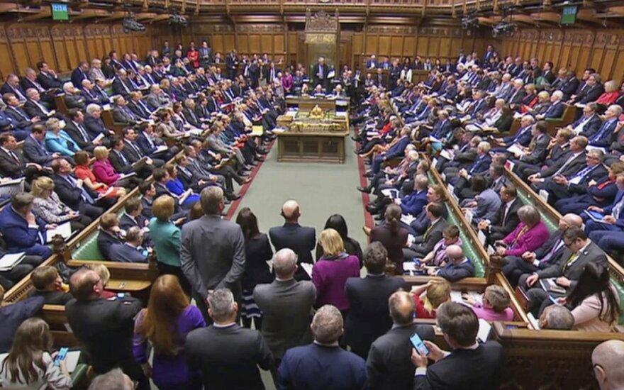 Kovoje dėl JK Bendruomenių Rūmų pirmininko posto liko trys kandidatai