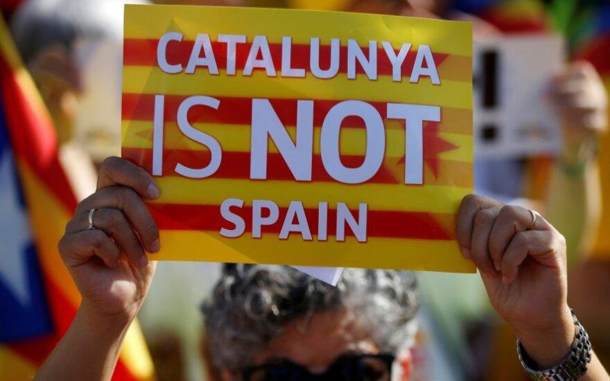 Katalonų separatistai užblokavo Ispaniją ir Prancūziją jungiančius greitkelius
