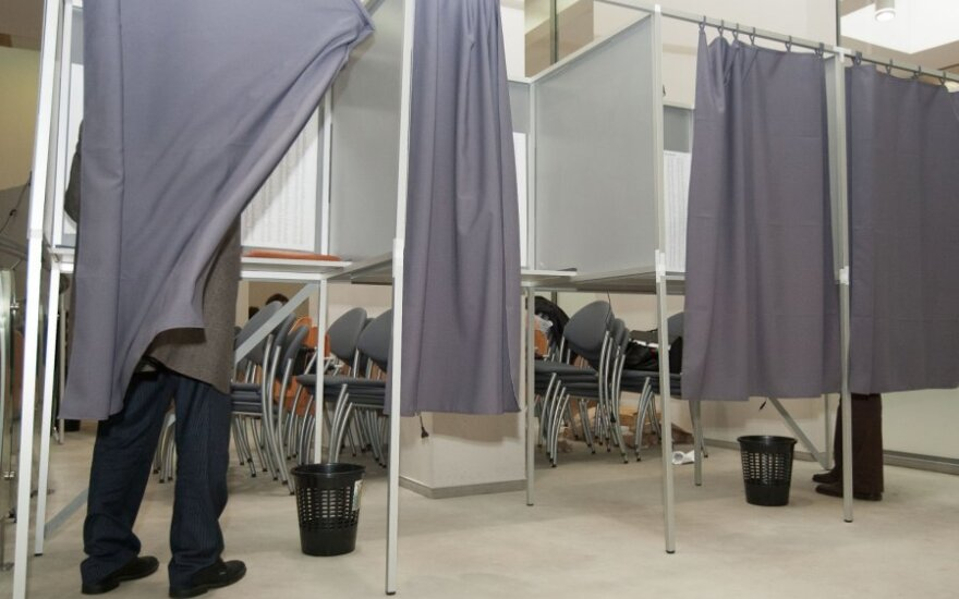 Pirmieji balsų pirkimo atvejai: girti rinkėjai ir balsas už 20 litų