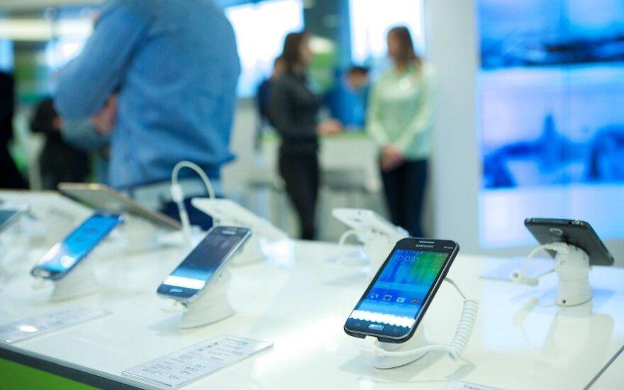Mokslininkai perspėja dėl mobiliųjų telefonų: kišenėse jiems ne vieta