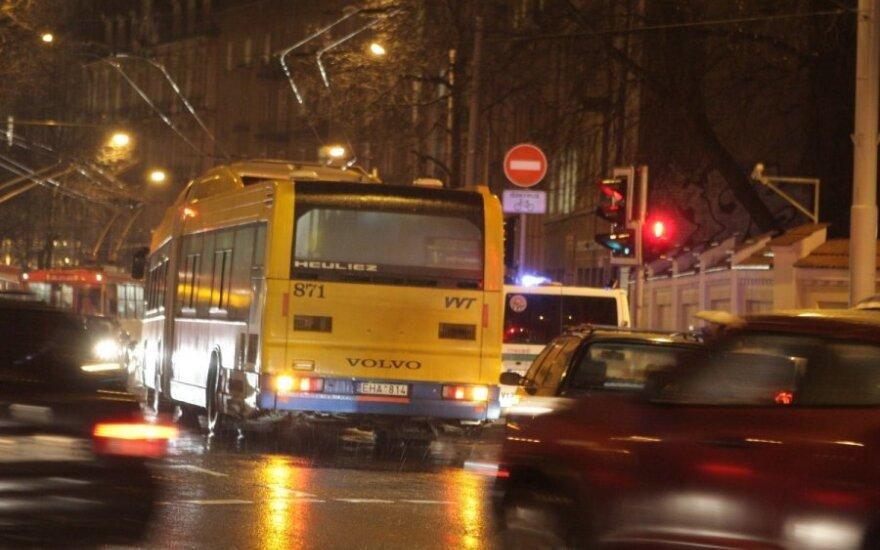 Košmariška kelionė namo: autobusui prisipildžius dūmų, jame kilo panika
