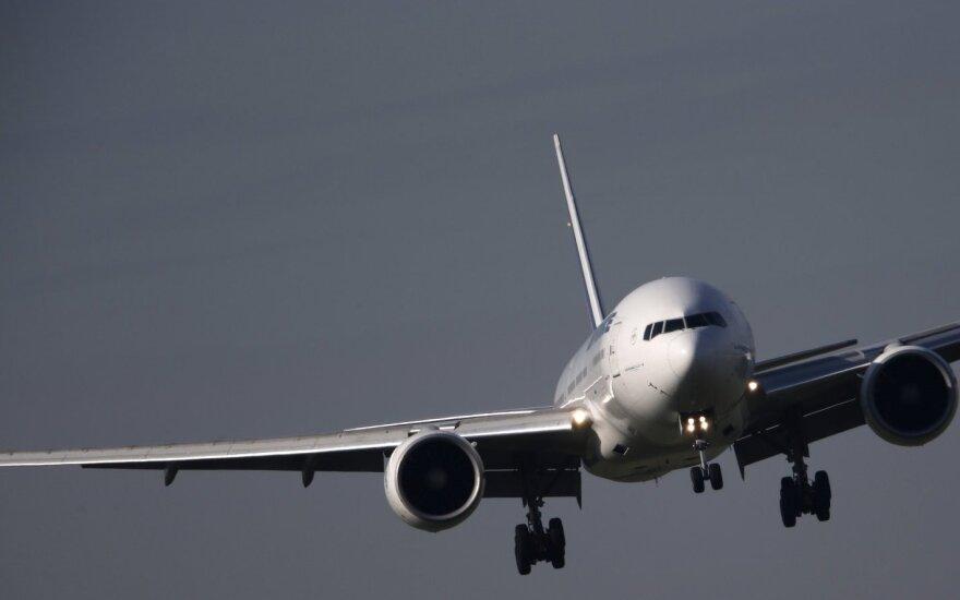 Kuo virto papildomas oro bendrovių mokestis