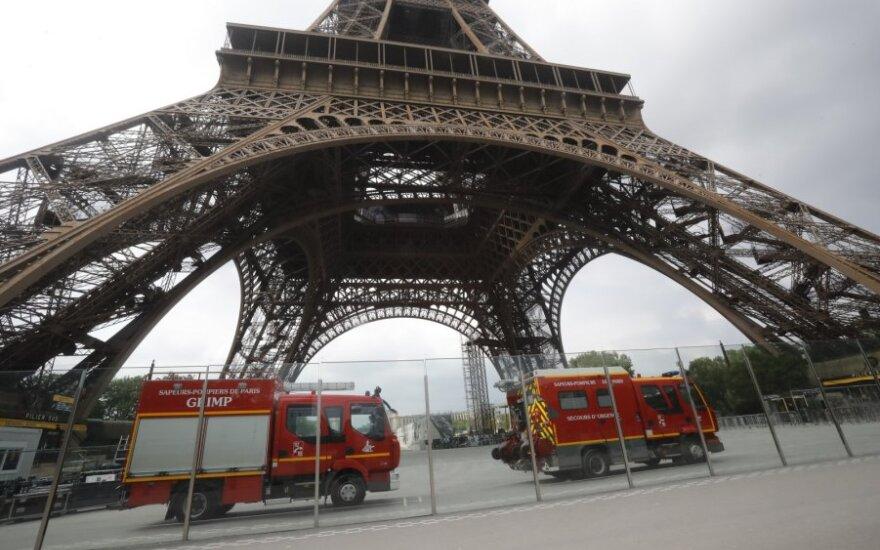 Ant Eiffelio bokšto pastebėjus laipiotoją buvo evakuoti visi lankytojai