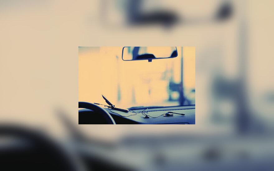 automobilis, vairuoti, važiuoti