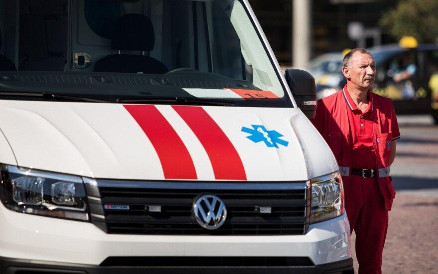 Greitosios medicinos pagalbos stotys vietoj nemokamo ryšio tinklo naudojasi privačiu