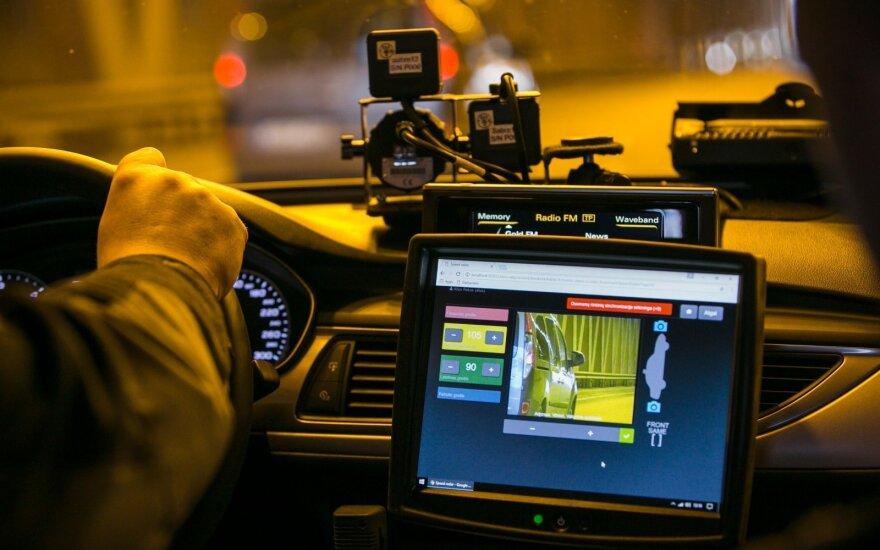 """Naujoji nežymėta policijos """"Audi"""" išvažiavo į gatves: kokie pažeidėjai užfiksuoti"""