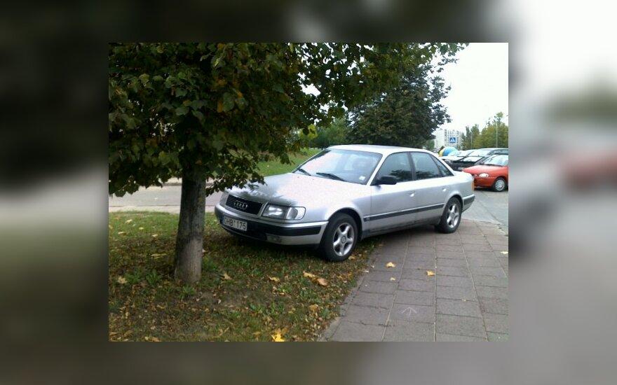 Parkavimas Vilniuje, Medeinos g. 23. 2009-09-28, 17.22 val.