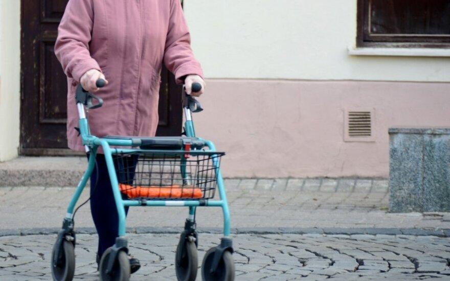 Kodėl reitingai auginami būsimų pensininkų sąskaita?