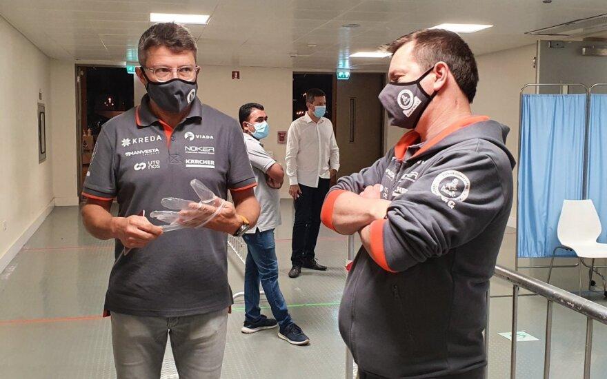 Antanas Juknevičius su komanda atliko COVID-19 testus