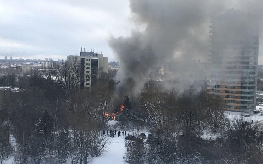 Vilniuje supleškėjo dar vienas apleistas namas