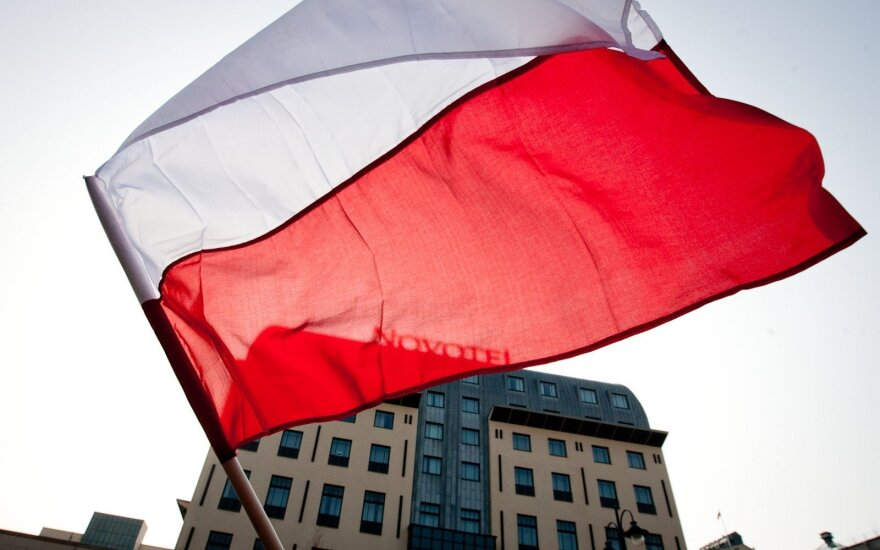 Polish Senate to look into allegations Lithuanian Poles misused Warsaw support