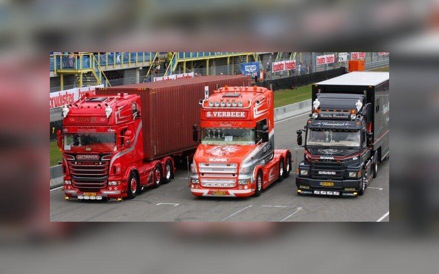 Scania vilkikai