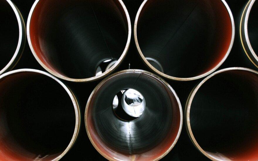 """EK siekia teisiškai pažaboti """"Nord Stream 2"""" projekto įgyvendinimą"""