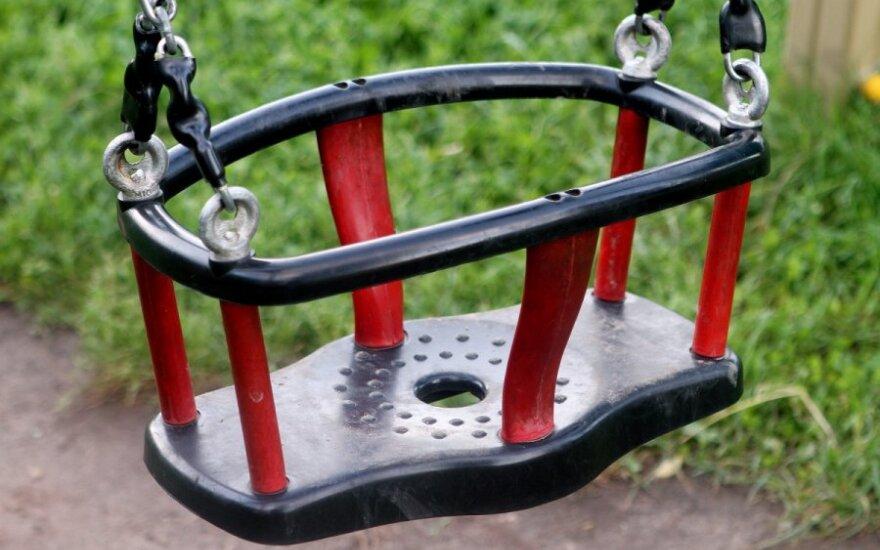 Mažamečio tėvų patirtis: patekti į darželį - neįmanoma