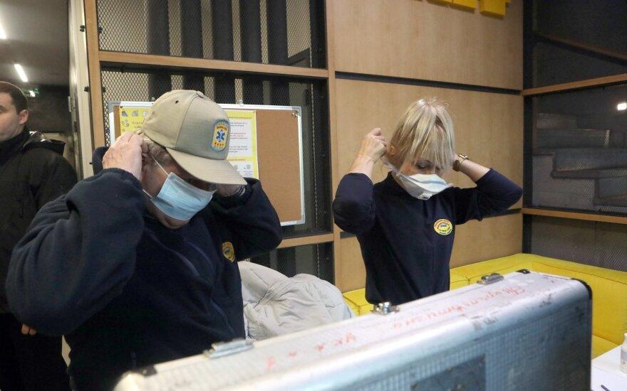 Čekija ir Ukraina uždaro sienas, pastarojoje – pirmas mirties nuo koronaviruso atvejis