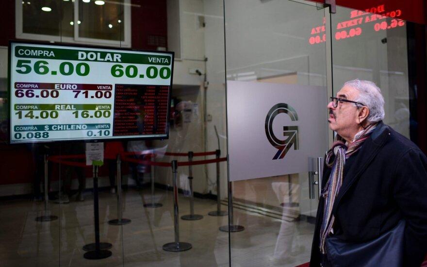 Po prezidento M. Macrio pralaimėjimo rinkimuose – Argentinos peso griūtis