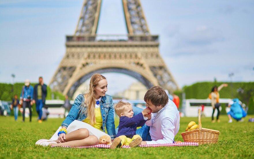Persikėlusi gyventi į Prancūziją pastebėjo, kad čia vaikai auklėjami visai kitaip: šios taisyklės pravestų kiekvienam tėvui