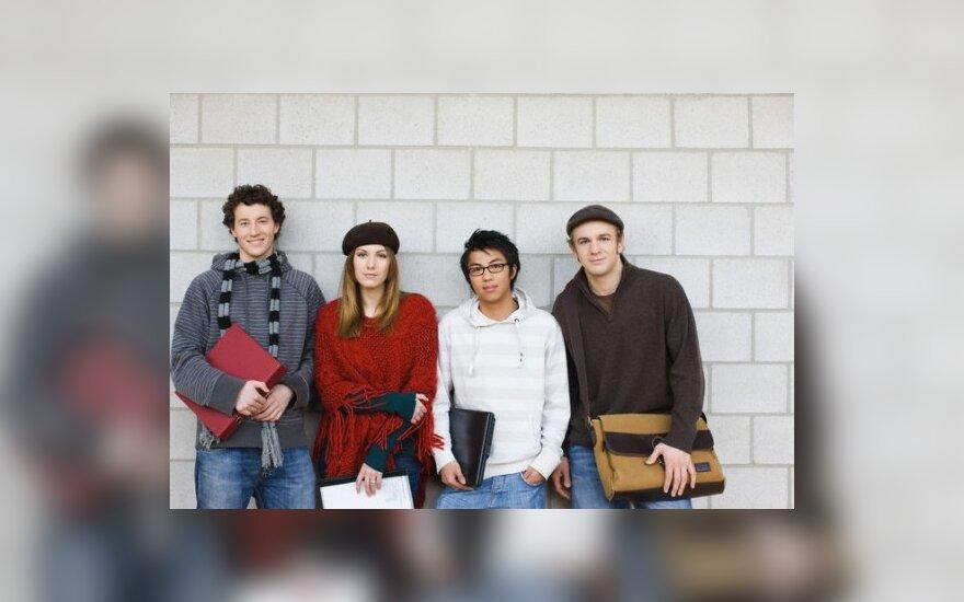 Dirbantys studentai mokesčius moka, tačiau į bedarbio pašalpą pretenduoti negali