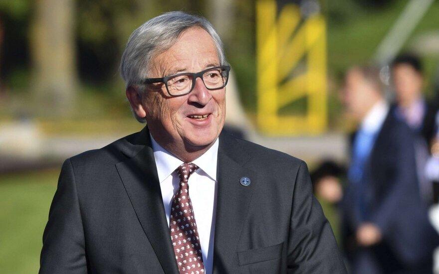 """Junckeris: derybose dėl """"Brexit"""" reikalinga reikšminga pažanga"""